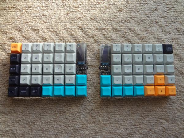 DSA 50% Dye-Sub keycapsを購入しました。