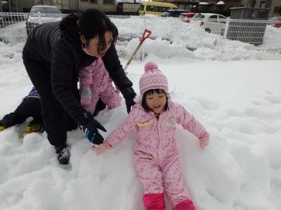 雪遊び うさぎ1