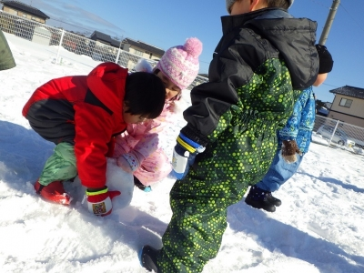 雪遊び うさぎ6