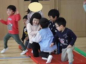 2月誕生会お楽しみ会 (3)