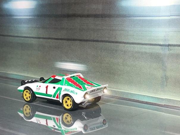 トミカプレミアム lancia STRATOS HF rally (4)