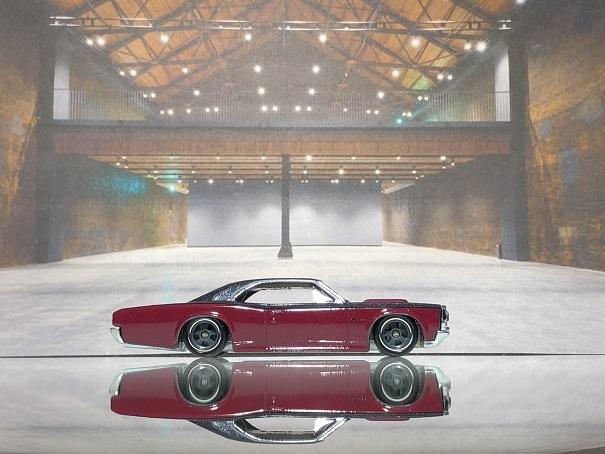 Hotwheels 66 PONTIAC GTO (2)