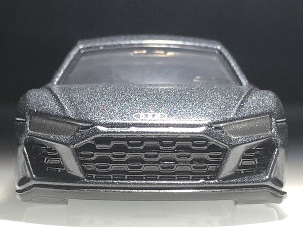 tomica audi R8 Coupe (3)