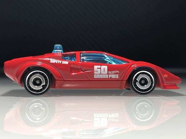 LAMBORGHINI COUNTACH PACE CAR (2)