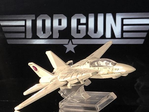 TOP GUN GRUMMAN F-14 TOMCAT