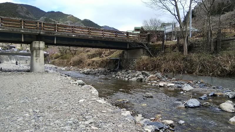 道の駅果樹公園あしがくぼ横瀬川河川敷202003