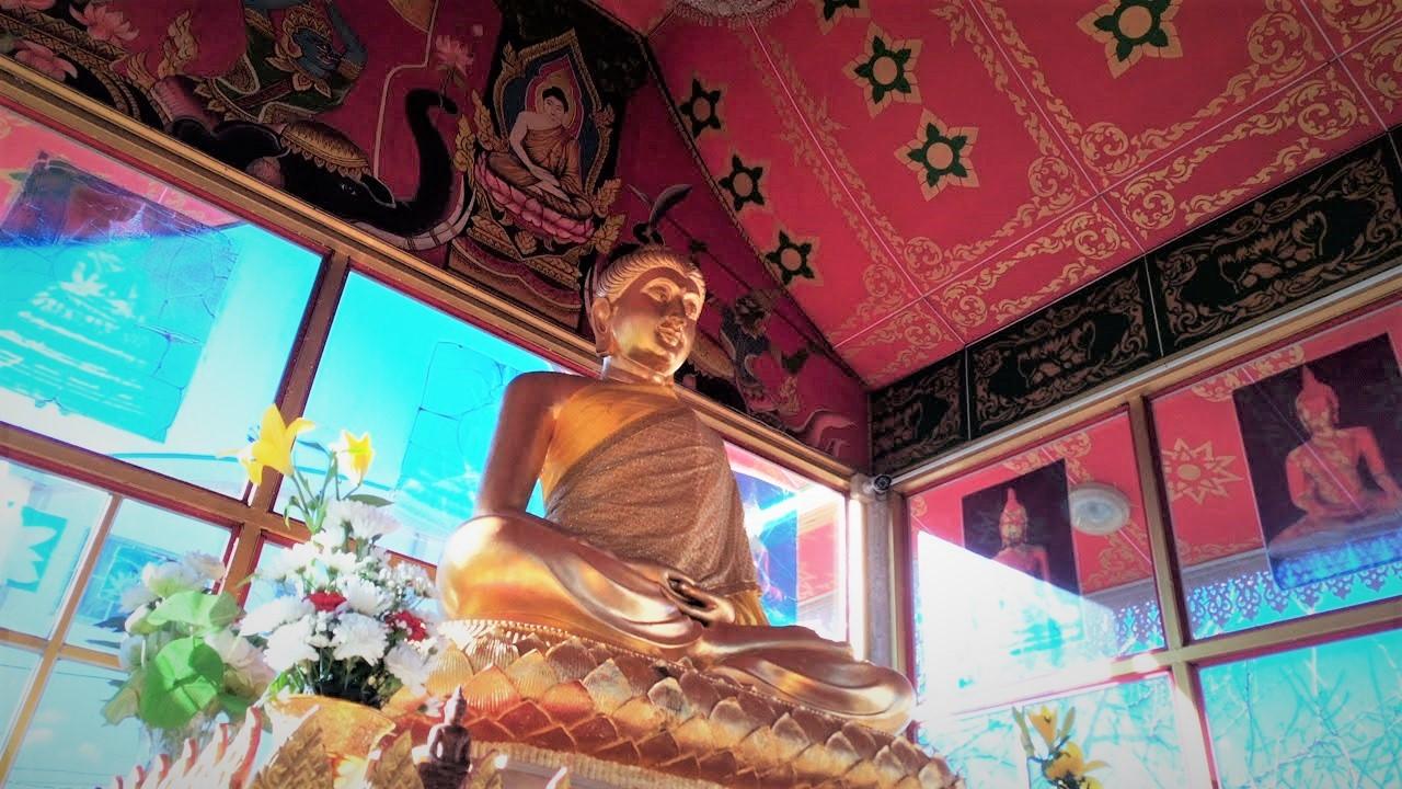 ワットパクナム(千葉県成田市)タイのお寺。離れのお堂の仏様2