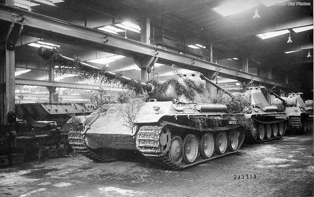 Panther_G_MAN_1944.jpg