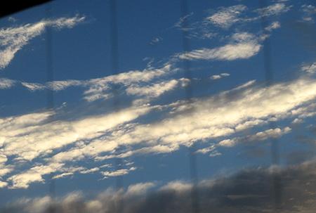 1020早朝の青空