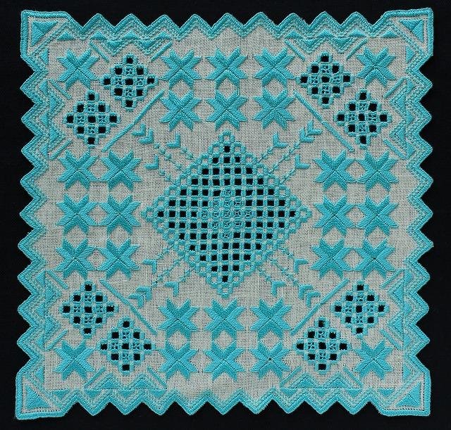 s-ハーダンガー刺繍