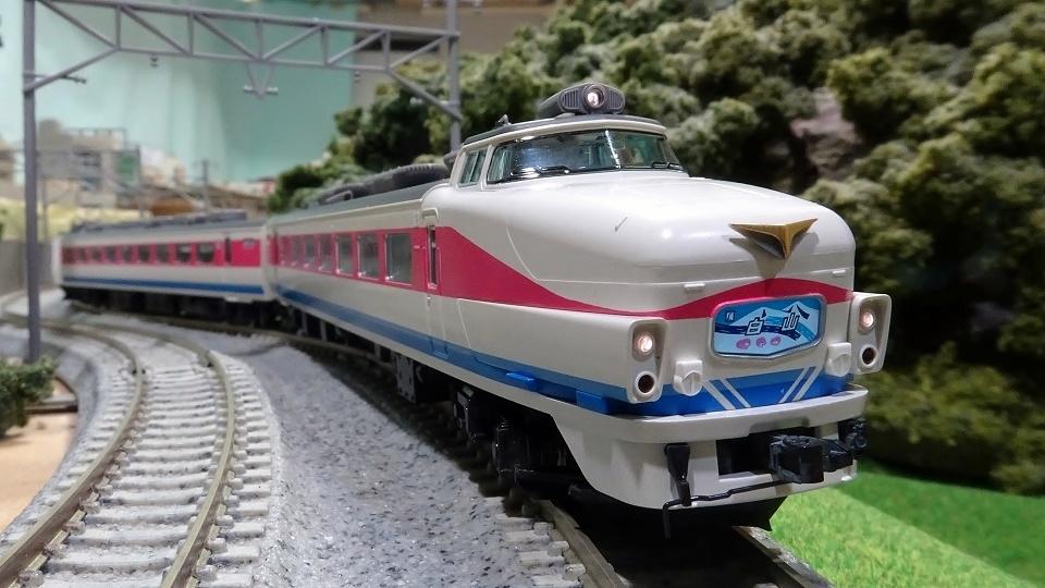 489系 白山色 ボンネット車