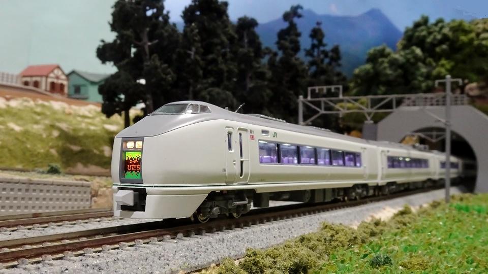 常磐線の風景 651系