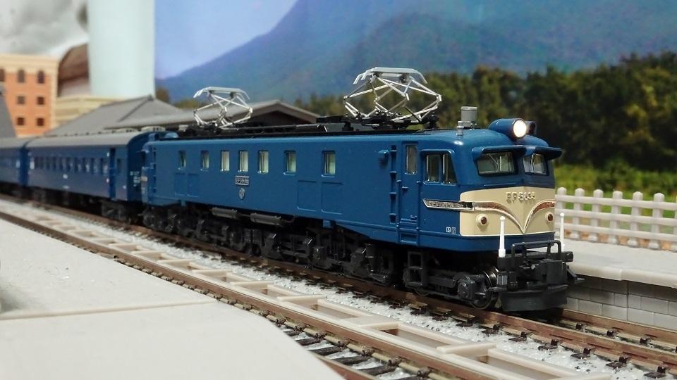 EF58 35 長岡運転所 牽引の 10系寝台急行「能登」