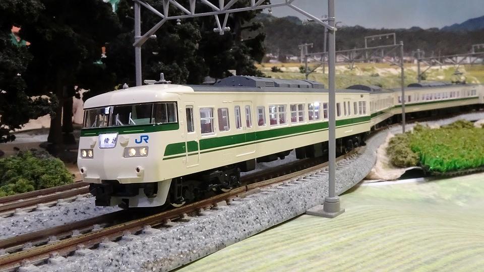 JR 117-300系近郊電車(福知山色)