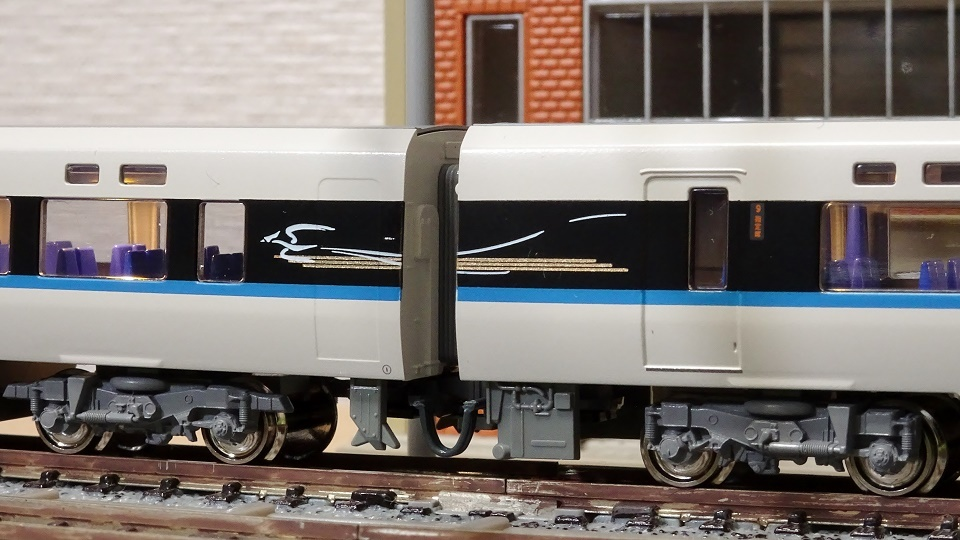 683系「サンダーバード」(リニューアル車) ジャンパ線