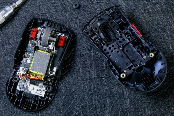ASUS_ROG_Keris_Wireless_Dismantle_03.jpg
