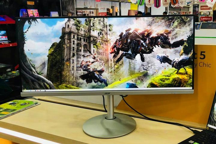 Acer_CB342CKsmiiphzx_01.jpg