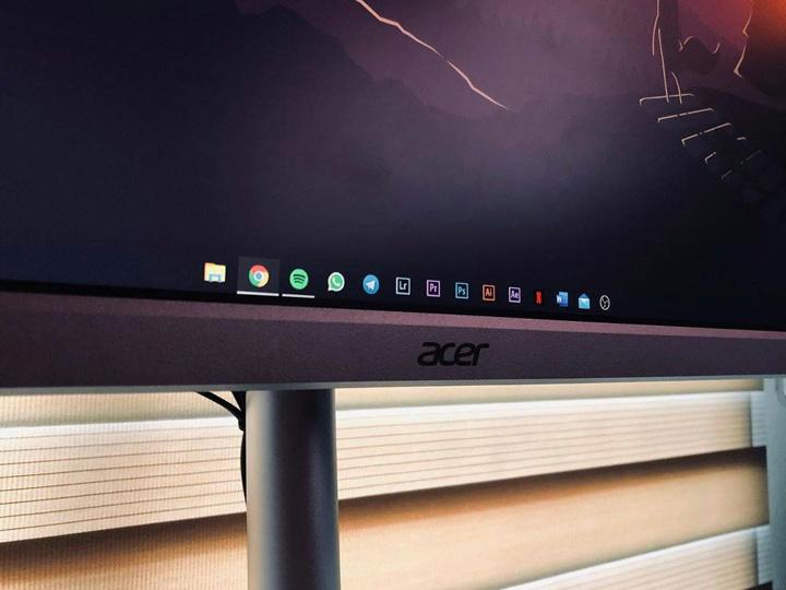 Acer_CB342CKsmiiphzx_04.jpg