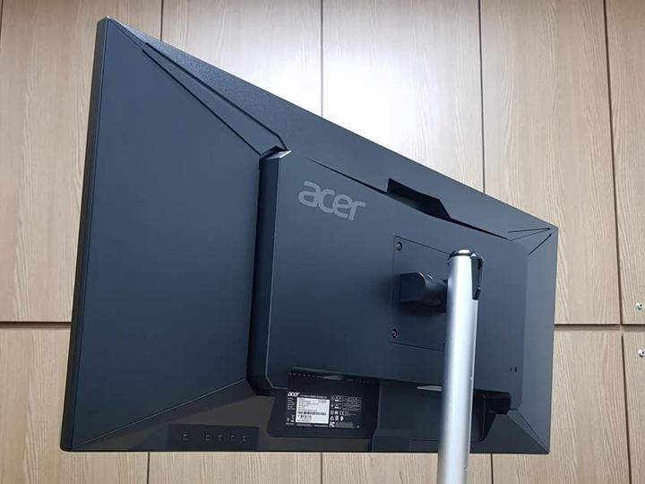 Acer_CB342CKsmiiphzx_06.jpg
