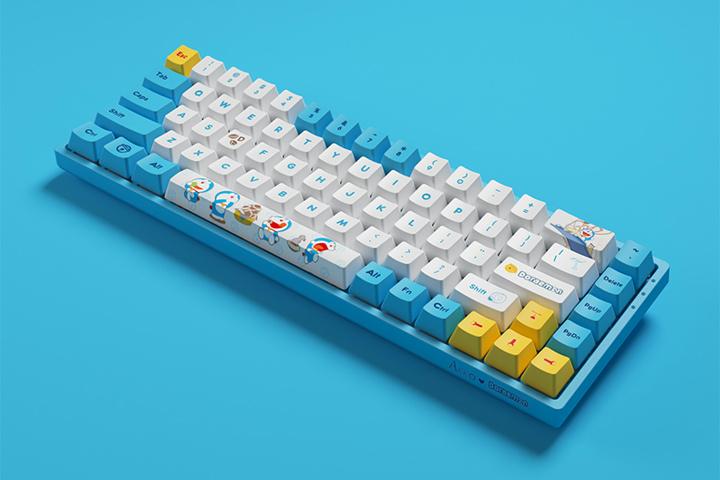 Akko_3068_V2_Doraemon_03.jpg