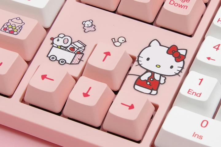 Akko_3108V2_Hello_Kitty_05.jpg
