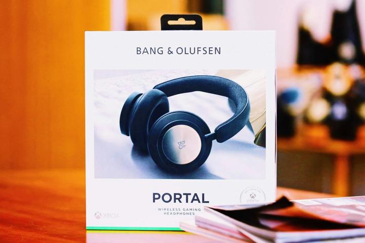 Bang_and_Olufsen_Beoplay_Portal_01.jpg