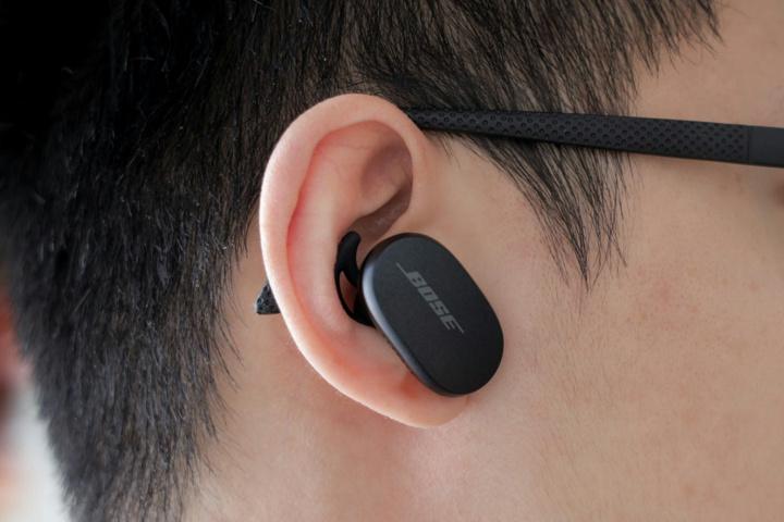 Bose_QuietComfort_Earbuds_08.jpg