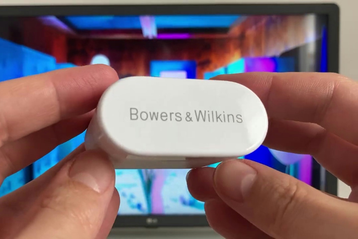 Bowers_and_Wilkins_PI5_06.jpg
