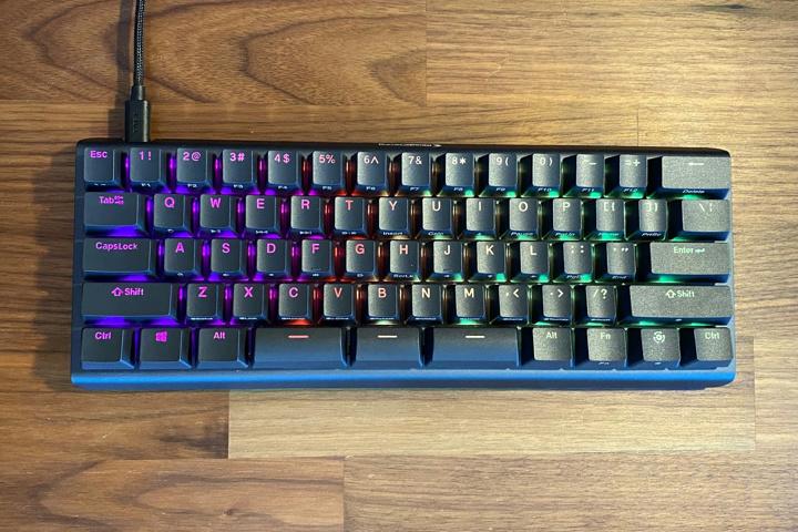 Compact_Gaming_Mechanical_Keyboard_11.jpg
