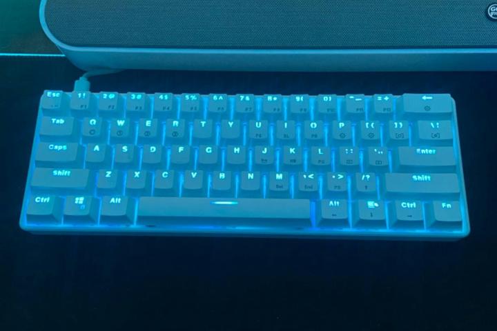 Compact_Gaming_Mechanical_Keyboard_15.jpg