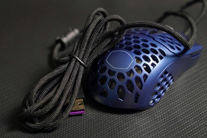Cooler_Master_MM711_Metallic_Blue_Edition_06.jpg