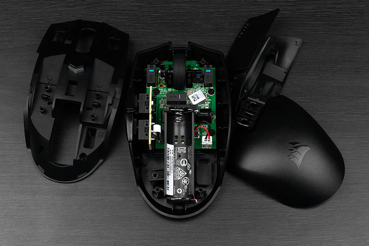 Corsair_KATAR_PRO_Wireless_Dismantle_02.jpg