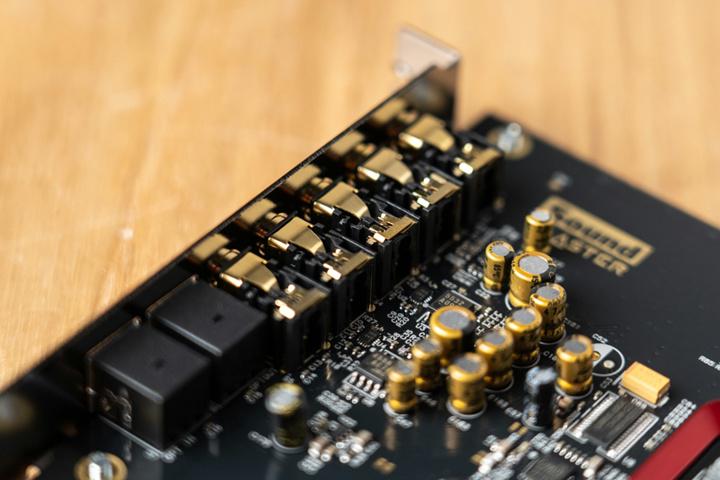 Creative_Sound_Blaster_Z_SE_03.jpg