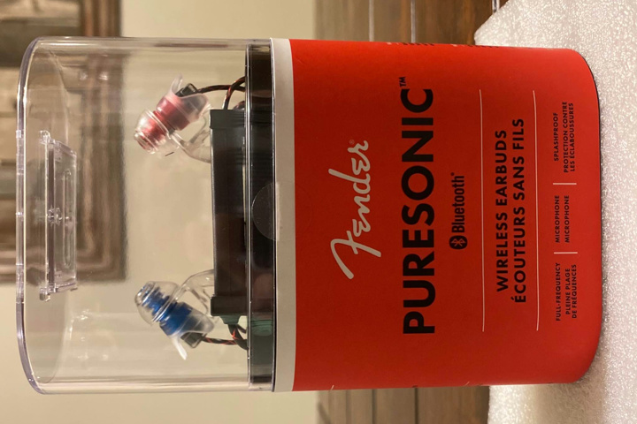 Fender_PureSonic_01.jpg