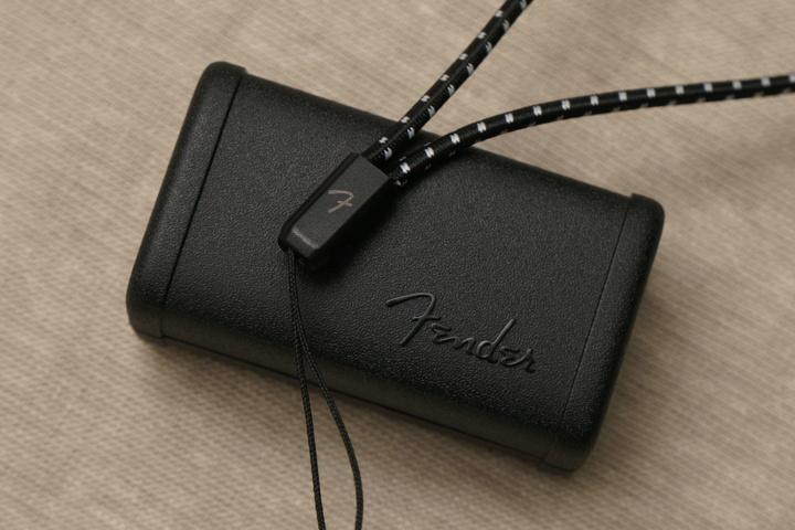 Fender_TOUR_03.jpg