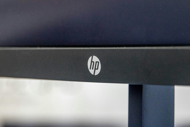 HP_Pavilion_32_QHD_03.jpg