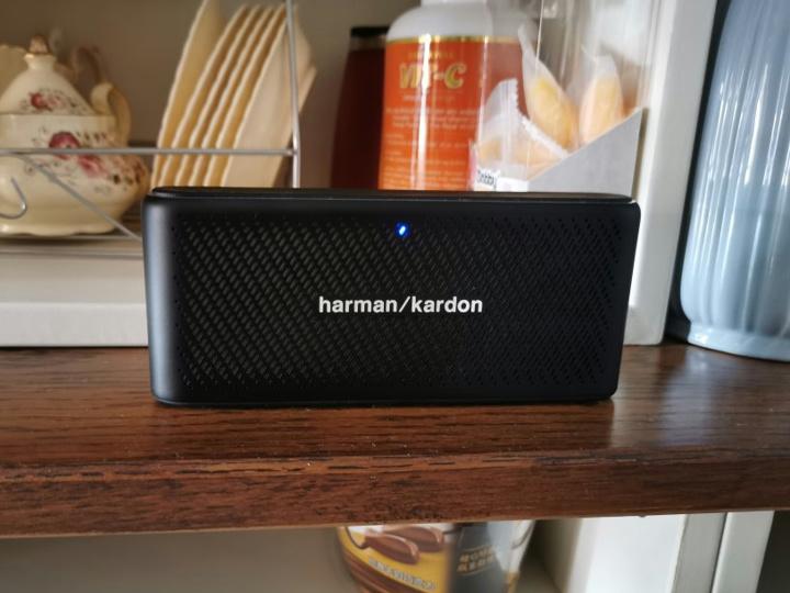 Harman_Kardon_Traveler_Price-Down_05.jpg
