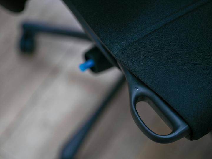 Herman_Miller_Embody_Gaming_Chair_10.jpg