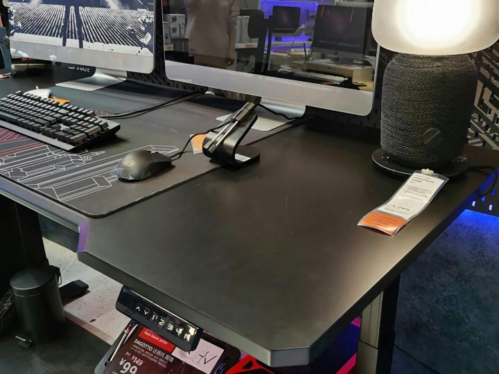 IKEA_UPPSPEL_Desk_03.jpg