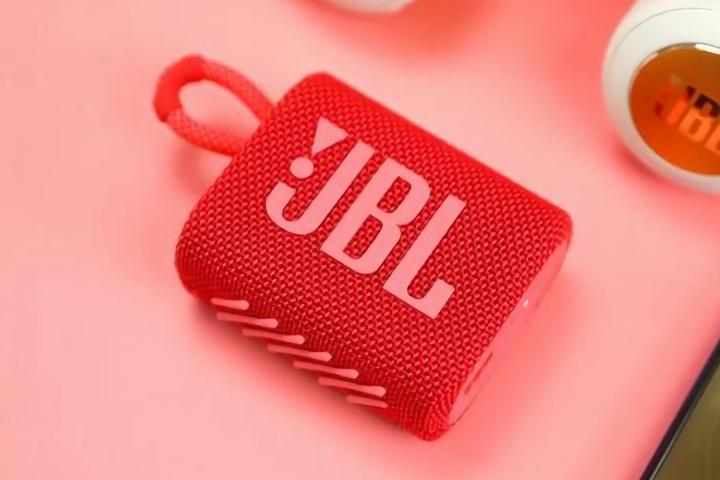 JBL_GO3_08.jpg