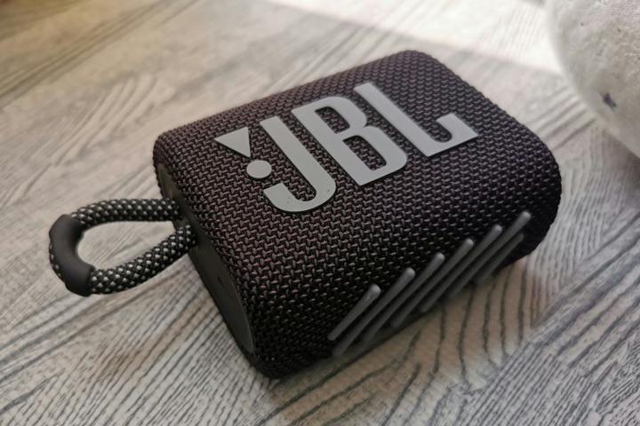 JBL_GO3_16.jpg