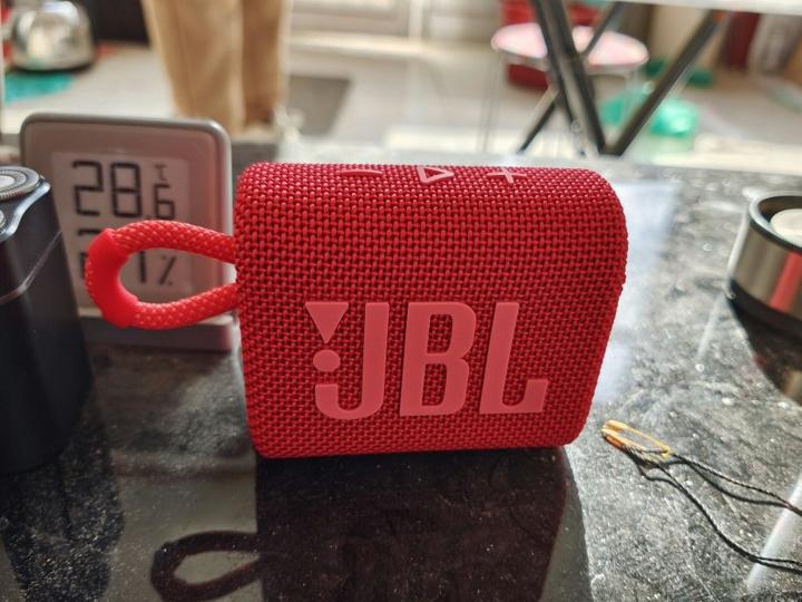 JBL_GO3_23.jpg