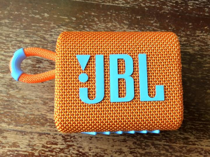 JBL_GO3_25.jpg