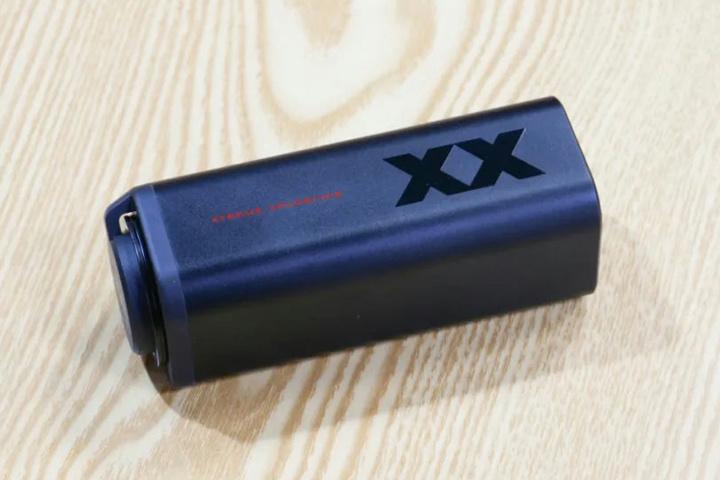 JVC_HA-XC90T_02.jpg