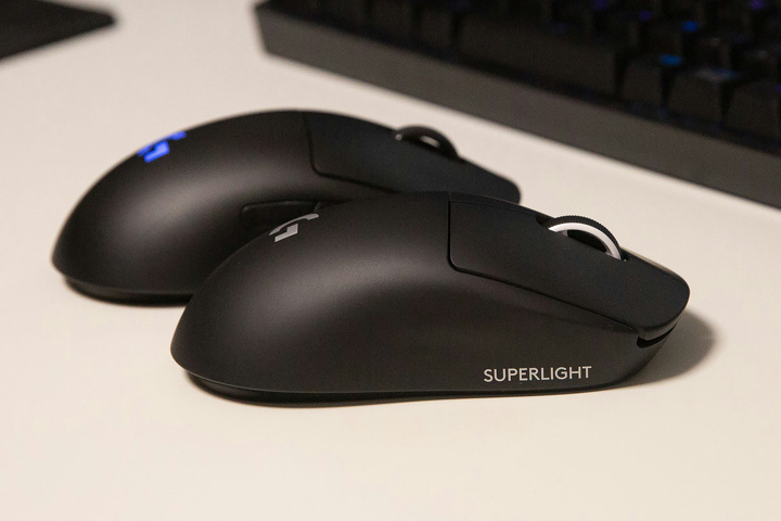 Light_Weight_Wireless_Gaming_Mouse_2021-02_03.jpg