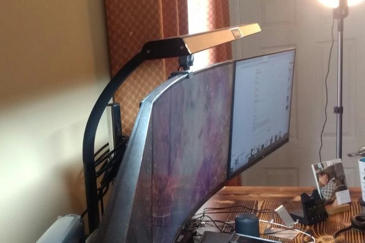 PHIVE_LED_Desk_Lamp_03.jpg