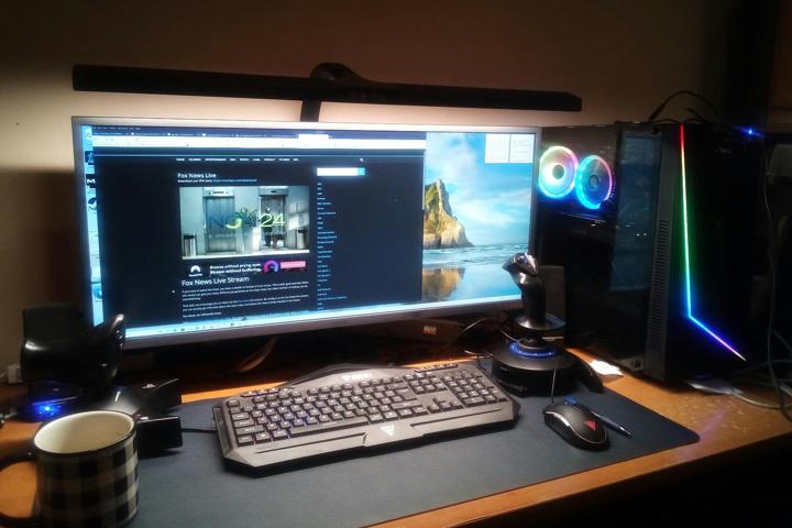 PHIVE_LED_Desk_Lamp_06.jpg
