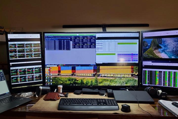 PHIVE_LED_Desk_Lamp_08.jpg