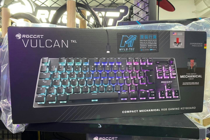 ROCCAT_Vulcan_TKL_01.jpg