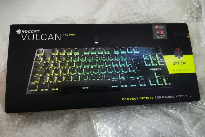 ROCCAT_Vulcan_TKL_Pro_01.jpg